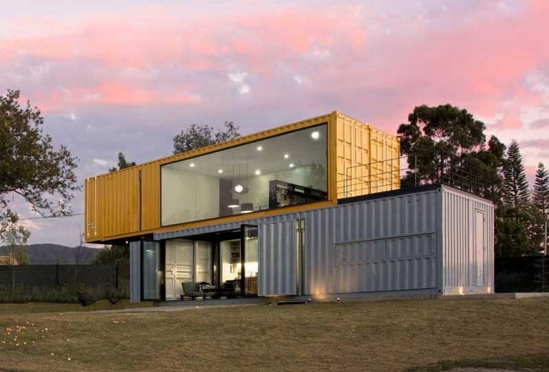 Rumah Kontainer Ukuran 40 Feet Dengan 4 Unit Menjadi 1 Bangunan